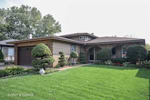 5703 Tennessee Ave Clarendon Hills, IL 60514