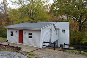 8707 Edgeland Ave Crestwood, KY 40014