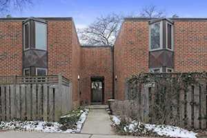2058 N Larrabee St Chicago, IL 60614