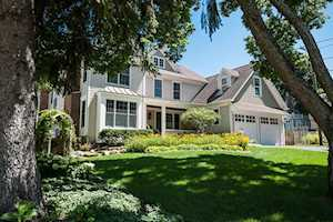 428 Windsor Terrace Libertyville, IL 60048