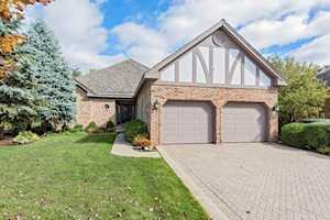 65 Berkshire Ct Burr Ridge, IL 60527