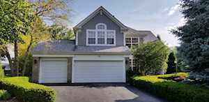 12 Morningside Ct Lake In The Hills, IL 60156