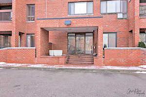 3801 Appian Way #107 Glenview, IL 60025