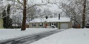 535 Hazelwood Ln Glenview, IL 60025