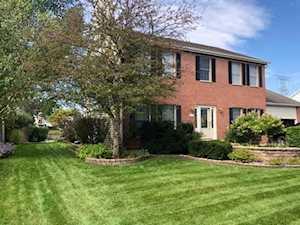 452 Spring Ridge Dr Crystal Lake, IL 60012