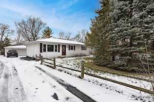 6116 Pershing Ave Downers Grove, IL 60516