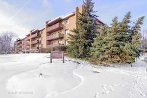 1795 Lake Cook Rd #202 Highland Park, IL 60035