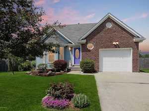 1314 Oak Ridge Ct Simpsonville, KY 40067