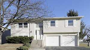 1750 Westbury Dr Hoffman Estates, IL 60192