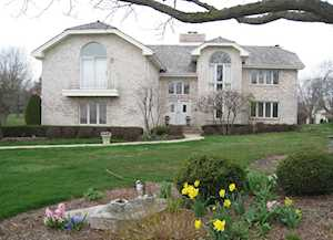 152 Saint Francis Circle Oak Brook, IL 60523