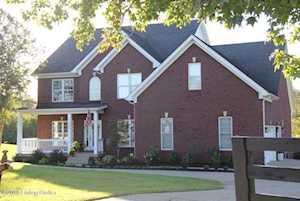 5706 Bradbe Forest Ln Louisville, KY 40023