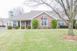 10616 Eagle Pines Ln Louisville, KY 40223