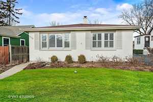 516 E Sunnyside Ave Libertyville, IL 60048