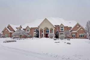 413 Caesar Dr Barrington Hills, IL 60010