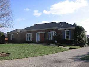 8908 Peterborough Dr Louisville, KY 40222