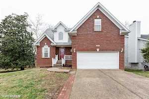 4216 Sunny Crossing Dr Louisville, KY 40299