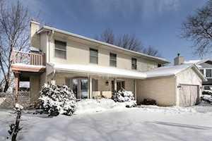 883 N Dovington Dr Hoffman Estates, IL 60169
