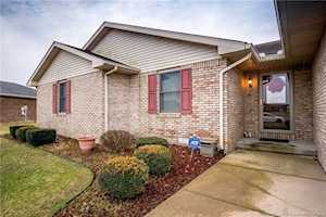 2239 Mulberry Drive Seymour, IN 47274