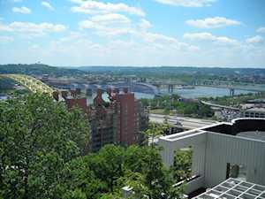 919 Riverview Place Cincinnati, OH 45202