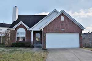 11055 Symington Cir Louisville, KY 40241
