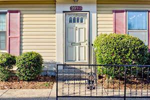 209 Fairfax Ave Louisville, KY 40207