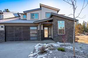 2536 Lot 26 Rippling River Court Bend, OR 97703