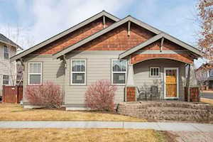 21392 Oakview Drive Bend, OR 97701