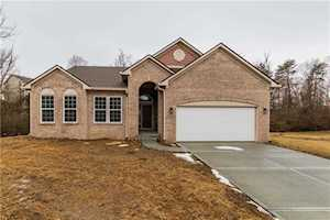 7130 Maple Bluff Lane Indianapolis, IN 46236