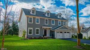6 Conkling St Bernards Twp., NJ 07920