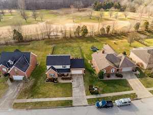 4430 Chenwood Ln Louisville, KY 40299