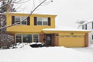 715 E Mayfair Rd Arlington Heights, IL 60005