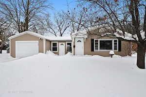 140 Woodland Rd Libertyville, IL 60048