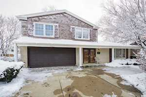 2400 Happy Hollow Rd Glenview, IL 60026