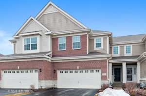2784 Blakely Ln Naperville, IL 60540