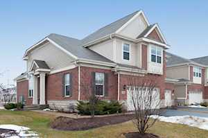 2749 Blakely Ln Naperville, IL 60540