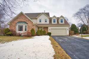 61 S Brook Hill Ln Vernon Hills, IL 60061