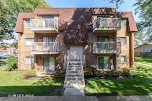 609 W Central Rd #C8 Mount Prospect, IL 60056