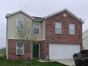 5637 Grassy Bank Drive Indianapolis, IN 46237