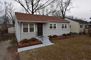 4204 Broadmoor Ct Louisville, KY 40218