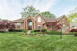 4652 Waters Edge Way Greenwood, IN 46143