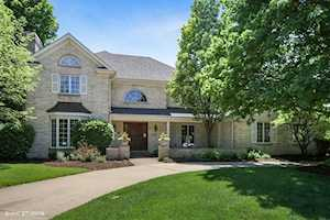 531 Bentley Ct Downers Grove, IL 60516