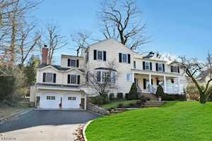 82 Prospect Hill Avenue Summit, NJ 07901