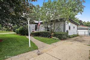 504 N Fairview Ave Mount Prospect, IL 60056