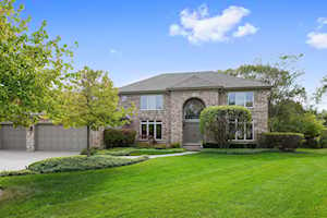 1920 Waterford Ct Highland Park, IL 60035