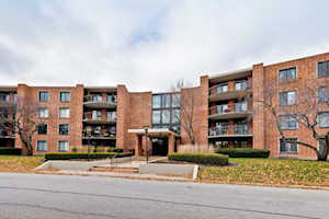 1405 E Central Rd #102A Arlington Heights, IL 60005