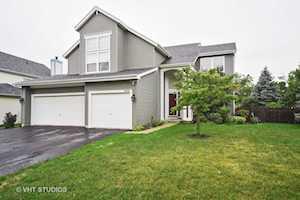 493 Gatewood Ln Grayslake, IL 60030