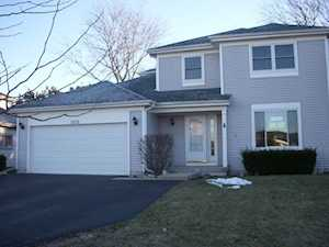 1373 Fountain Green Dr Crystal Lake, IL 60014