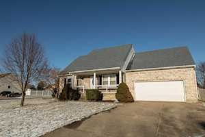 410 Circle Valley Dr Louisville, KY 40229