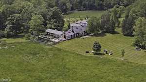 144 Lake Rd Far Hills Boro, NJ 07931