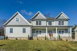 1024 Mary Allen Ln Mountainside Boro, NJ 07092